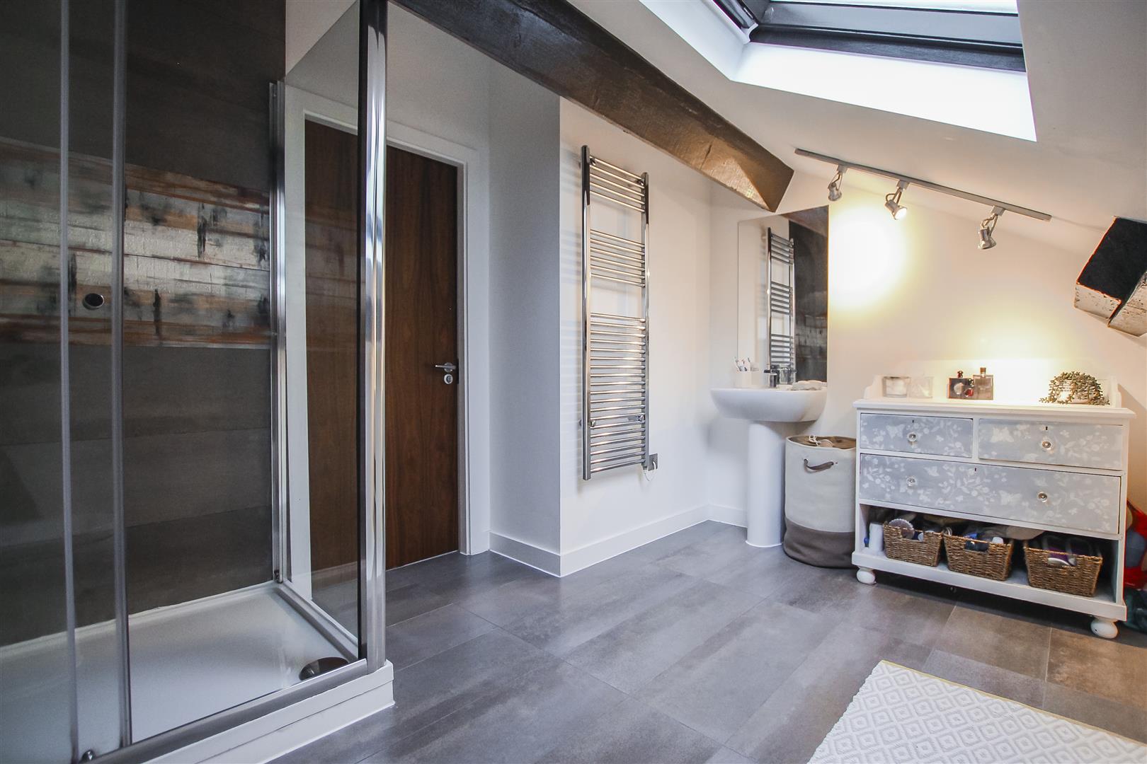 3 Bedroom Duplex Apartment For Sale - Image 10